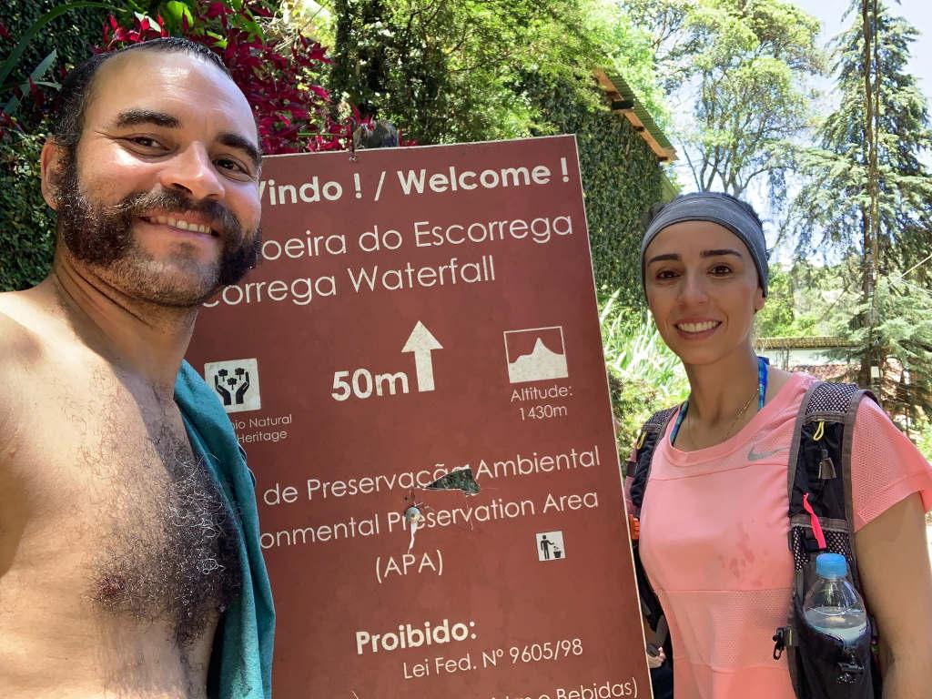 Placa da Entrada cachoeira do Escorrega em Maringá