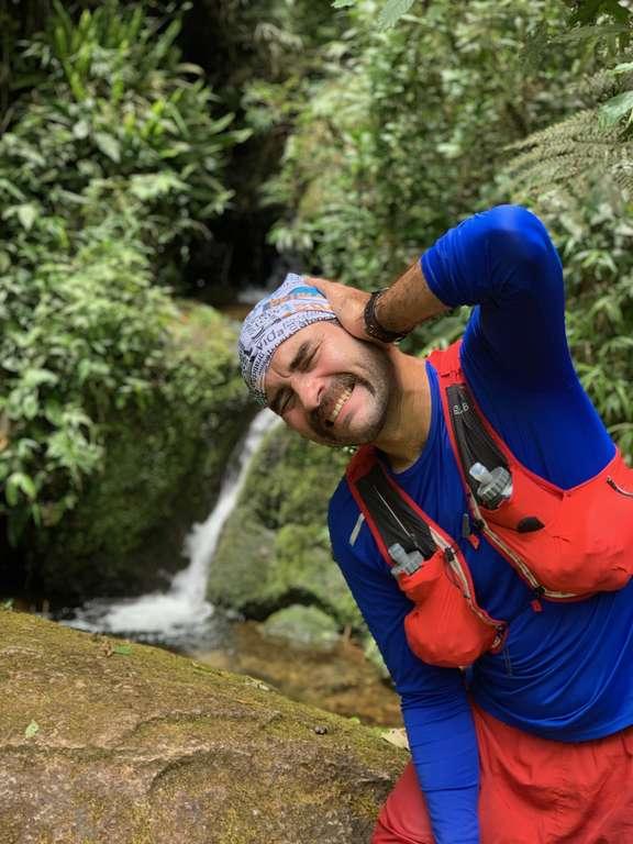 São Francisco Xavier - Cachoeira na trilha