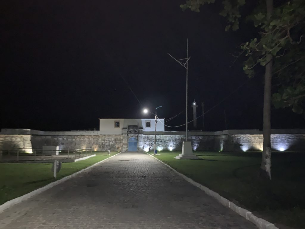 Forte Santo Inácio e Farol de tamandaré em Tamandaré