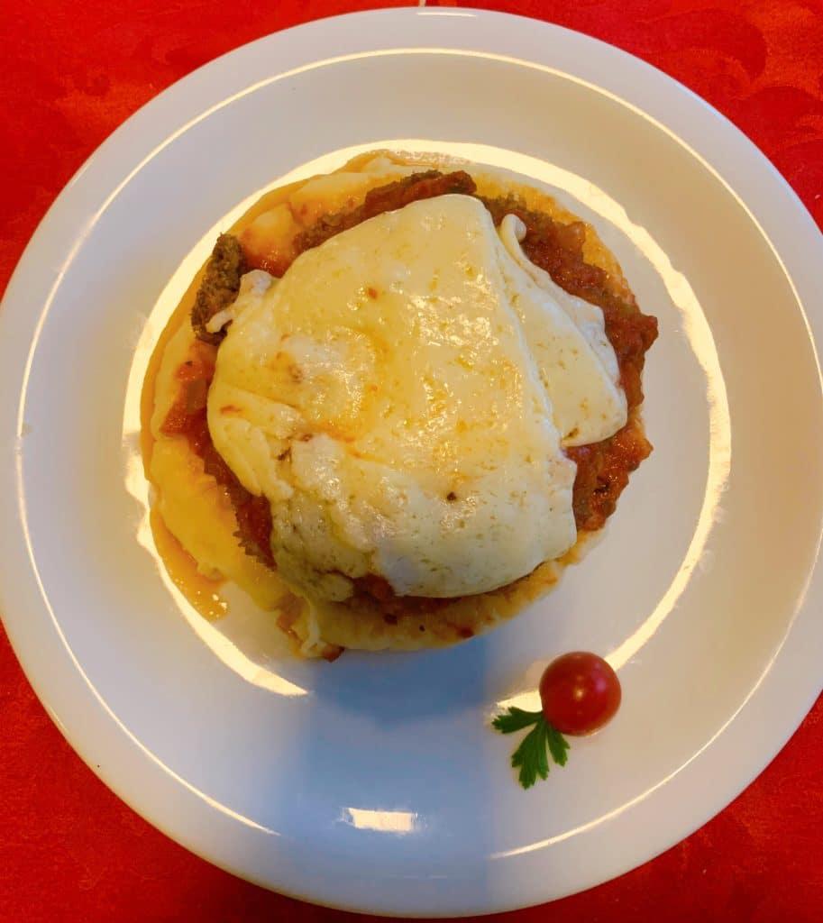 Parmegiana com purê de batata dica de onde comer em Palmas