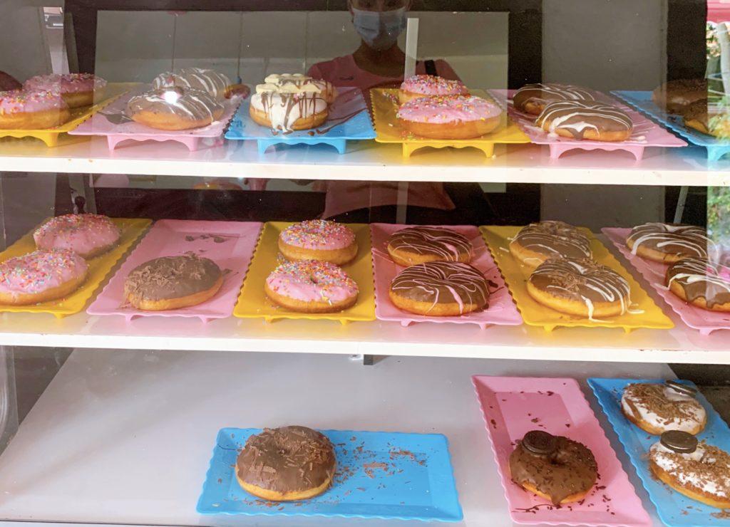 Donuts do sra. donuts confeitaria