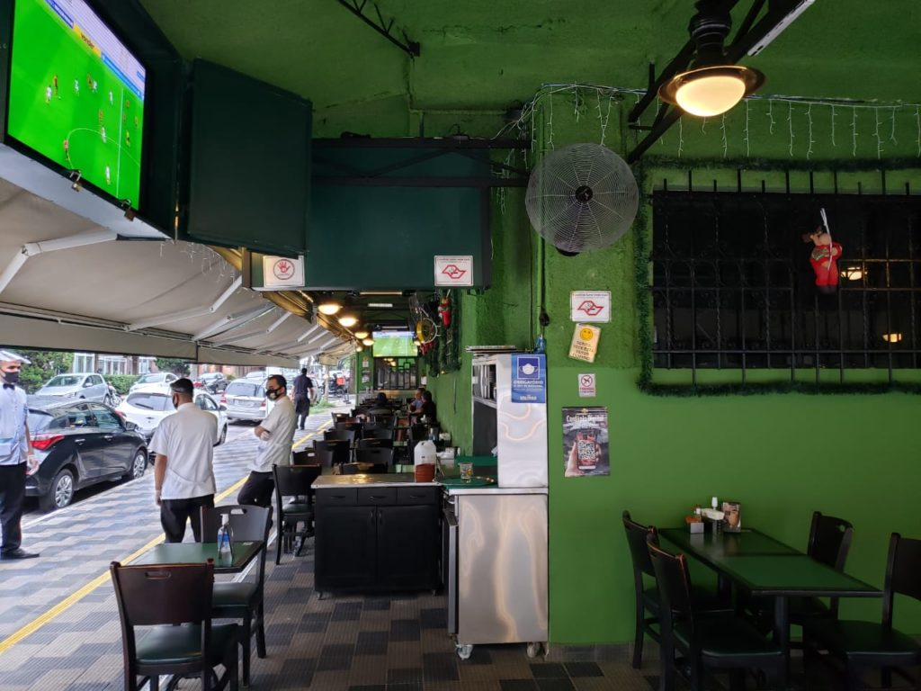 Bar do Juarez -Salão externo lateral