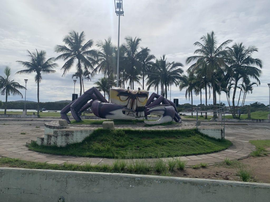 paranagua estatua carangueijo