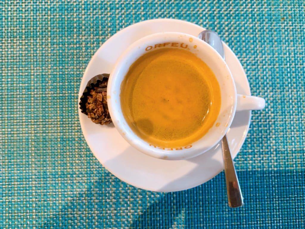Café orfeu que pedimos com a sobremesa