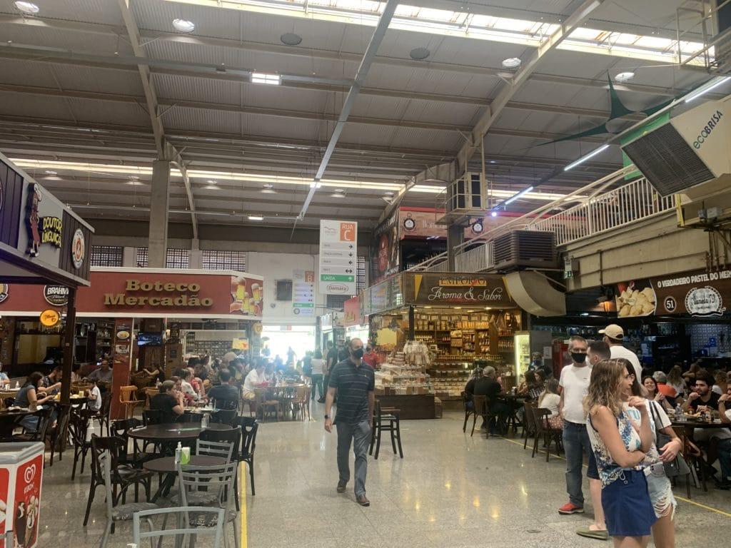 Restaurantes no Novo mercadão