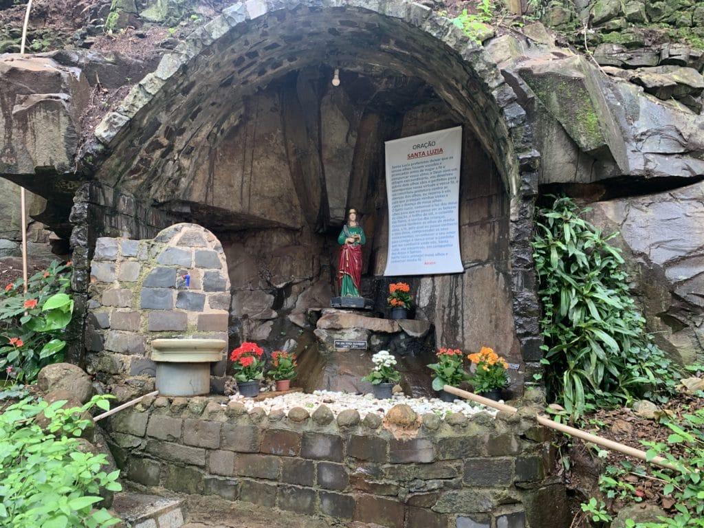 Gruta de Santa Luzia na sete capelas