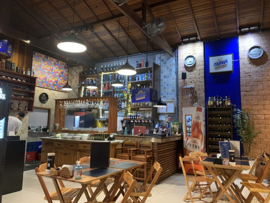 Avenida Grill Restaurante Bar dica de Onde comer no centro histórico de Paraty