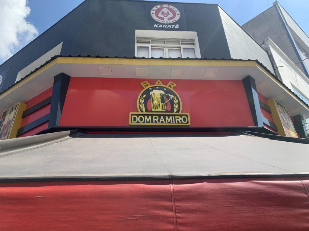 entrada do bar do dom Ramiro