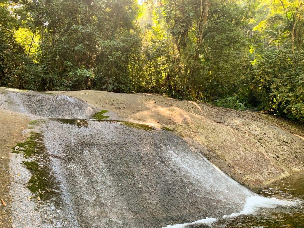cachoeira tres quedas em Penedo