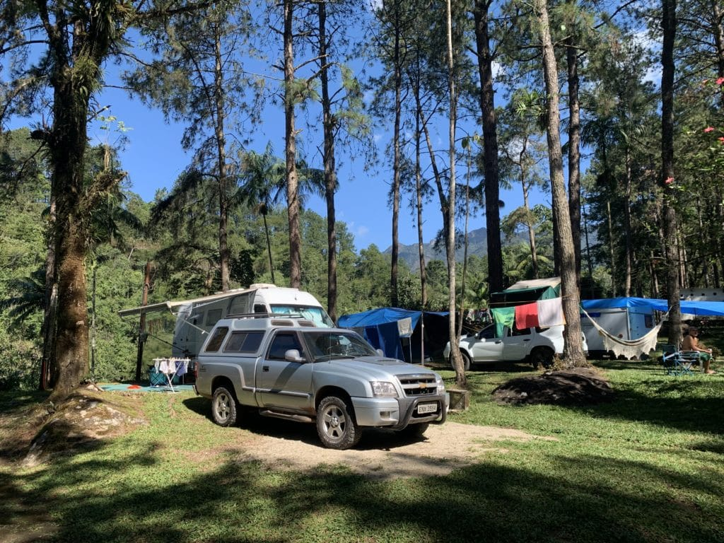 local para motorhome no campinga na serrinha do alambari
