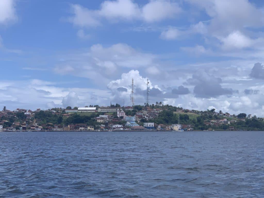 cidade de Maraú só vimos pelo barco