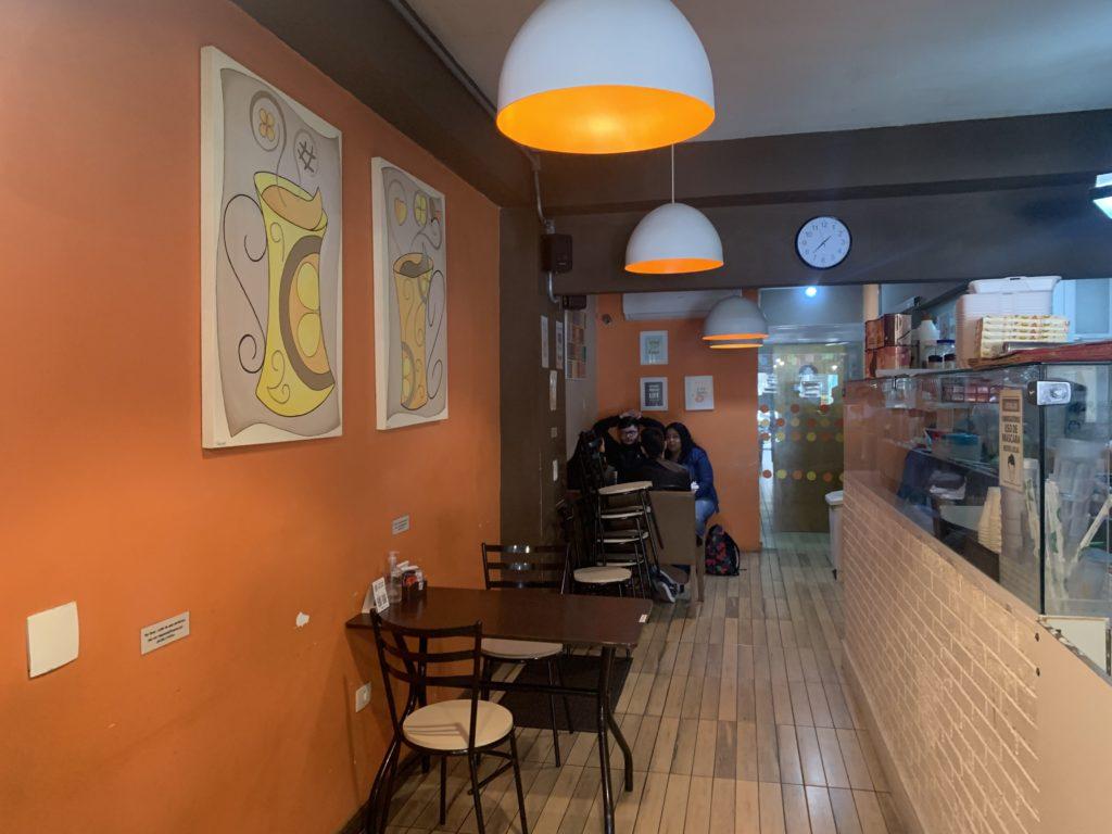 Primeira andar do Hachi crepe e Café