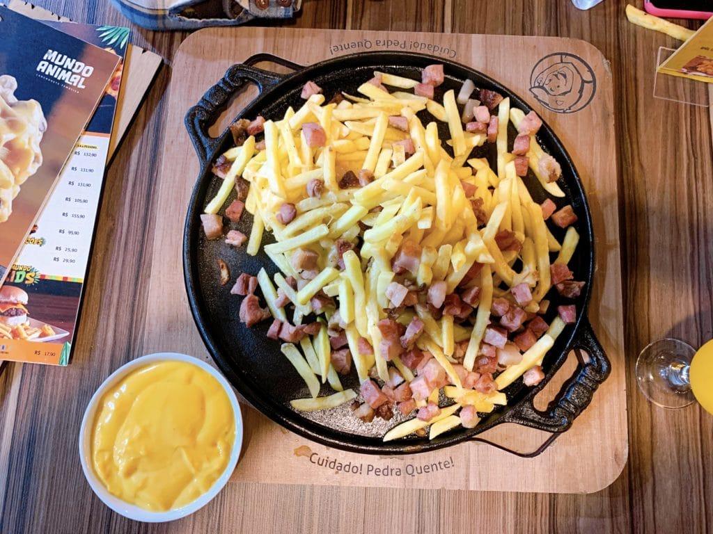 Lanchonete do Mundo Animal batatas