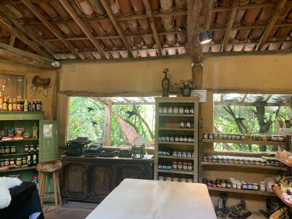 Loja da fazenda Aracatu e seus produtos da fazenda