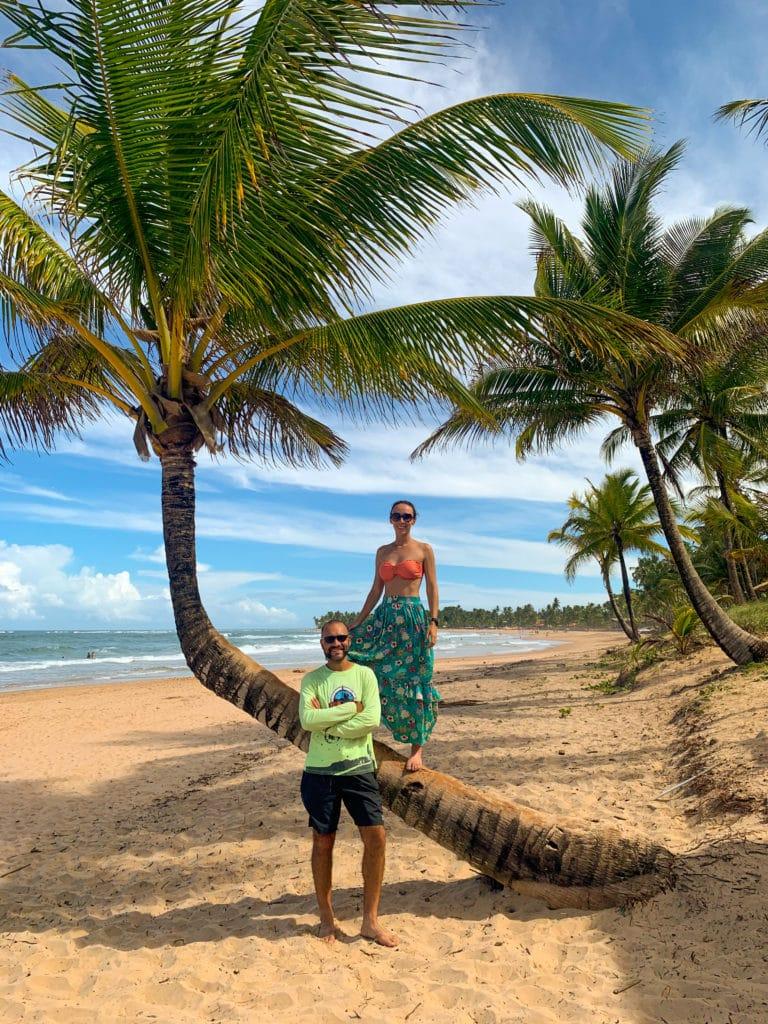 Praia de Taipu de Fora, em Barra Grande, na Península de Maraú com seus coqueiros
