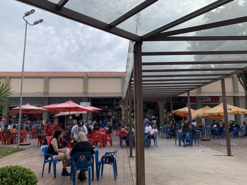 Praça de alimentação do Mercado Municipal de Itatiba