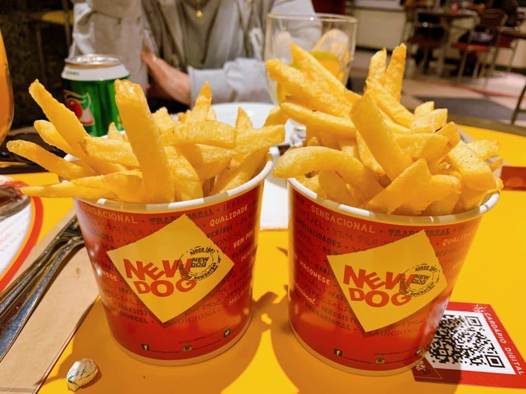 New dog batata frita