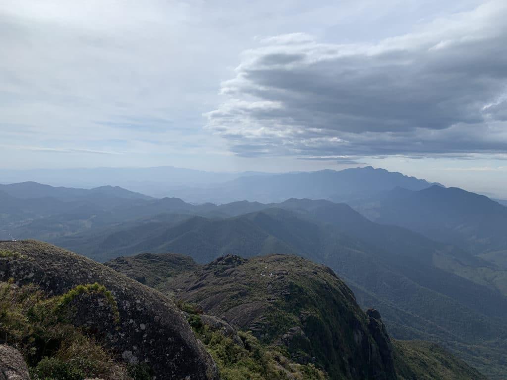 vista da serra fina do pico do Itaguaré