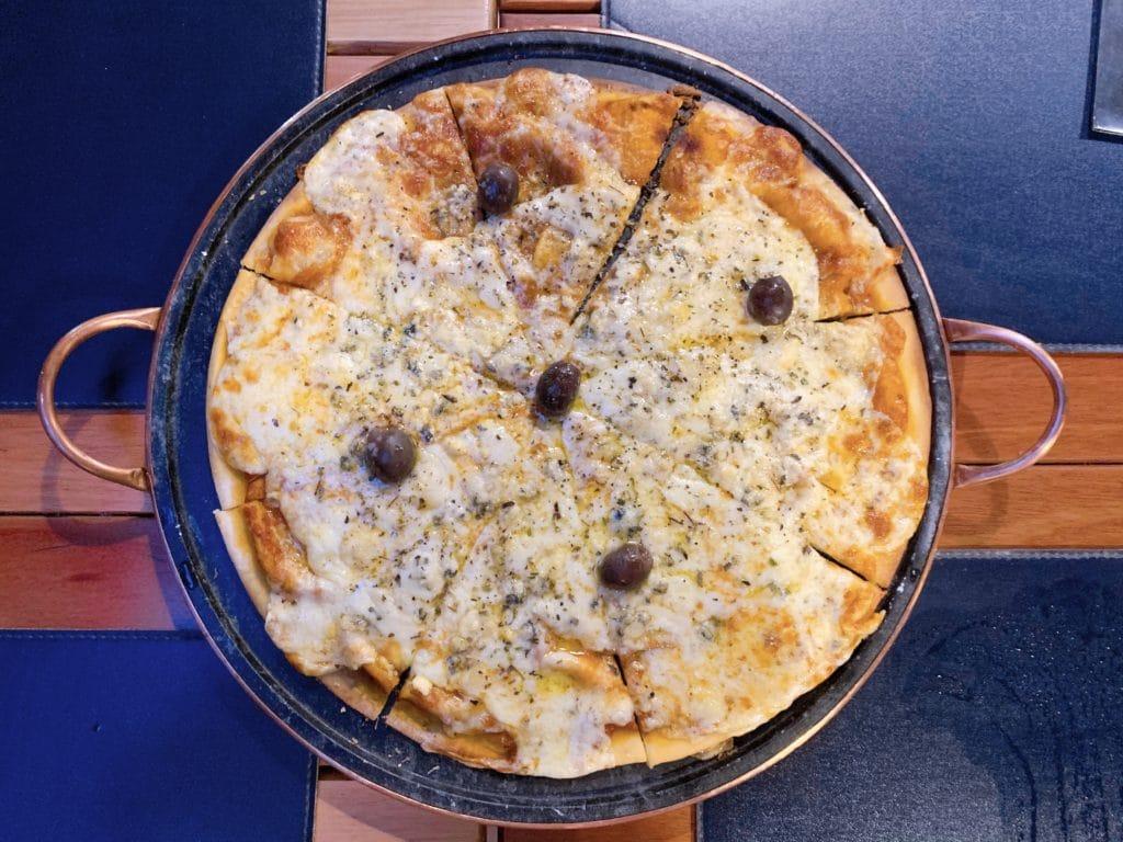 Pizza Avenida Grill Restaurante Bar