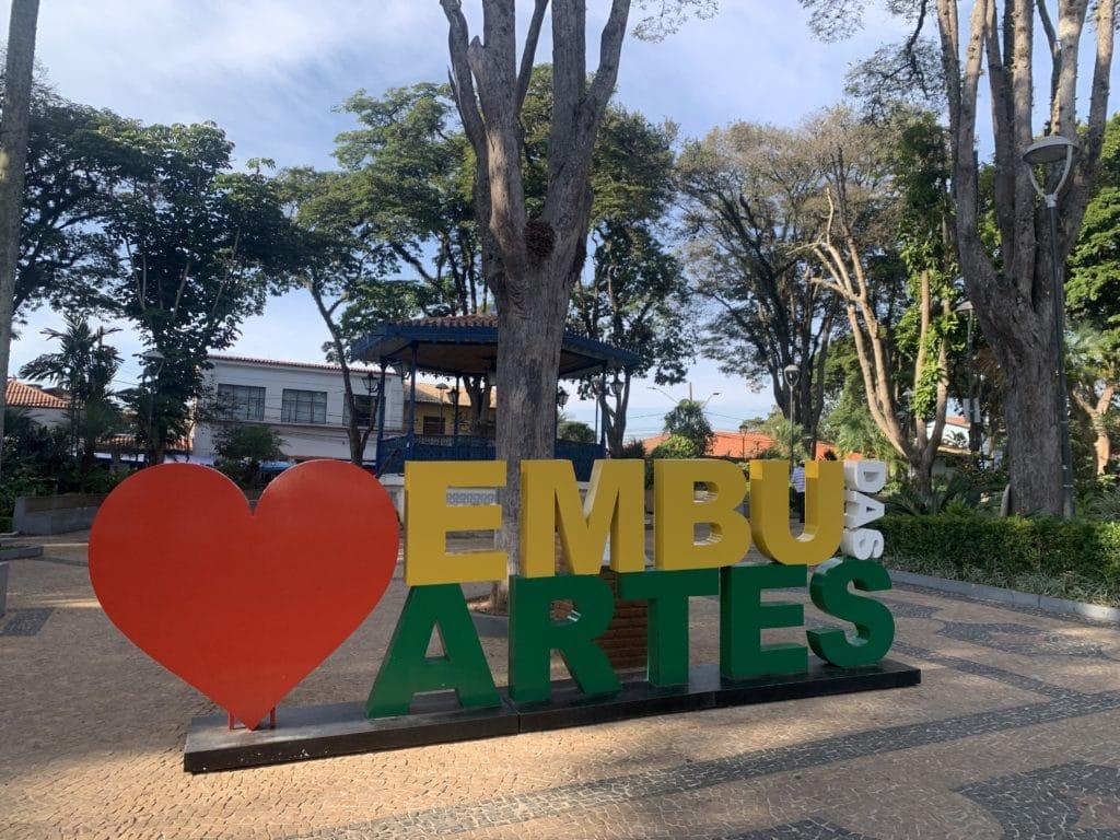 Praça das artes em Embu das artes
