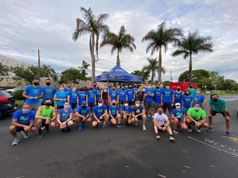 foto do grupo de corrida
