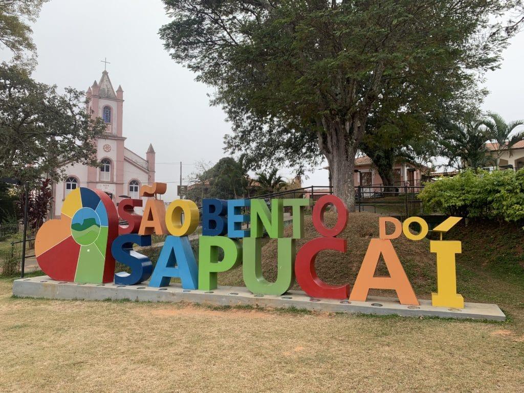 Letreiro em São Bento do Sapucaí