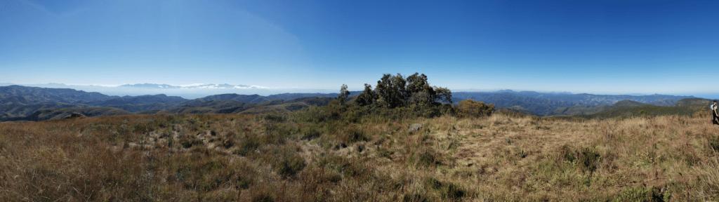 Vista da esq para a direita Serra fina- Pico- Parque de Itatiaia